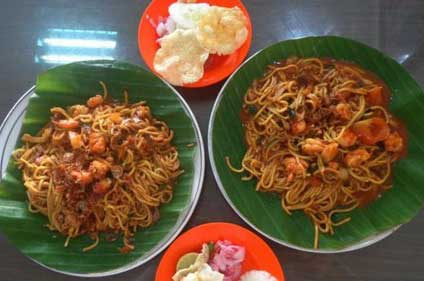 Warung Mie Aceh Bang Rih