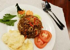 Nasi-Goreng-Teri-Medan