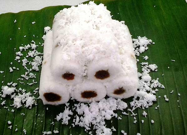 Kue Putu Bambu Medan Deli