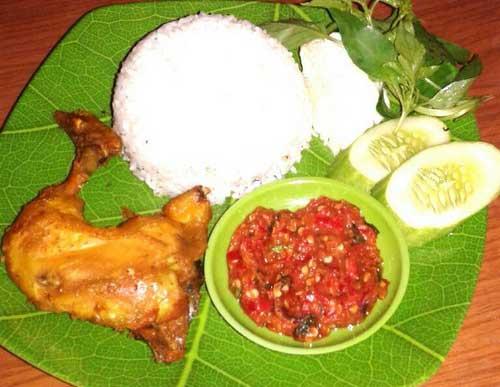Ayam Goreng Sopo Ngiro