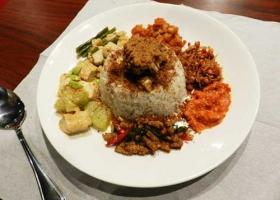 Nasi-Rames-Medan